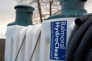 Balmoral_Hydroclear_sewage_plant_6_persons